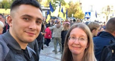 В Днепре прошел малочисленный митинг в поддержку Сергея Стерненко