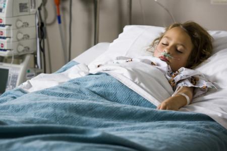 Дніпропетровській обласній дитячій лікарні помер 9-річний хлопчик, який отруївся грибами.