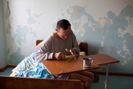 Публикуем продолжение расследования о скандальном пансионате в Днепре, где регулярно издеваются над инвалидами.