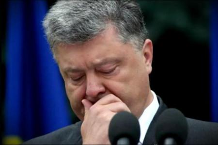 В Днепре экс-президенту Петру Порошенко пришлосьудирать от ветеранов АТО