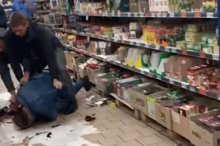 В Марганце местный житель несколько раз  получил по голове бутылкой.