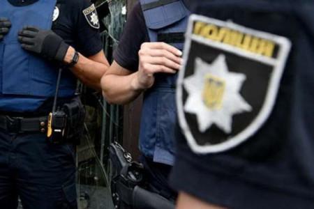 На Дніпропетровщині поліцейськи пограбували крадія .